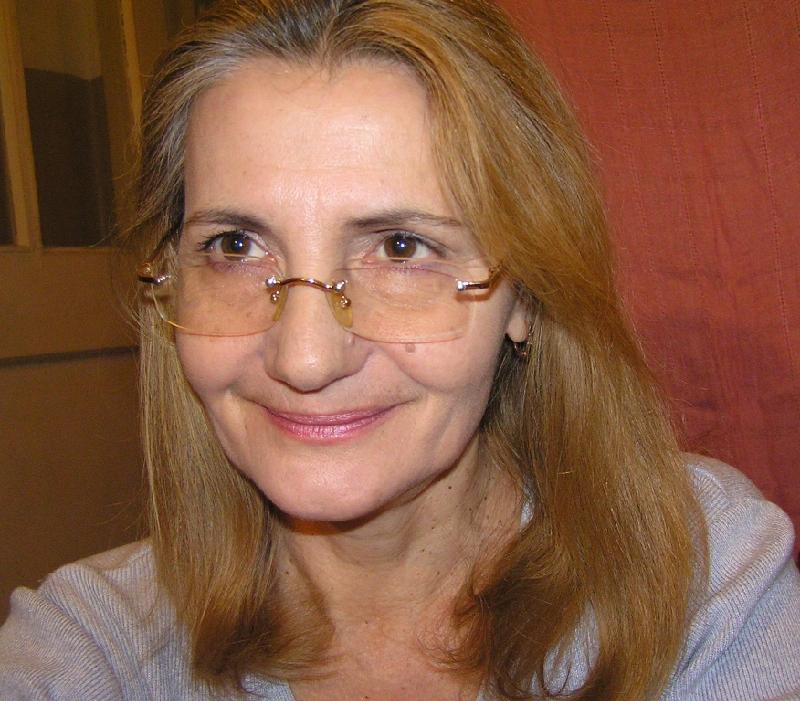 Голая Оля Зейгер актриса видно её сиськи попку и киску