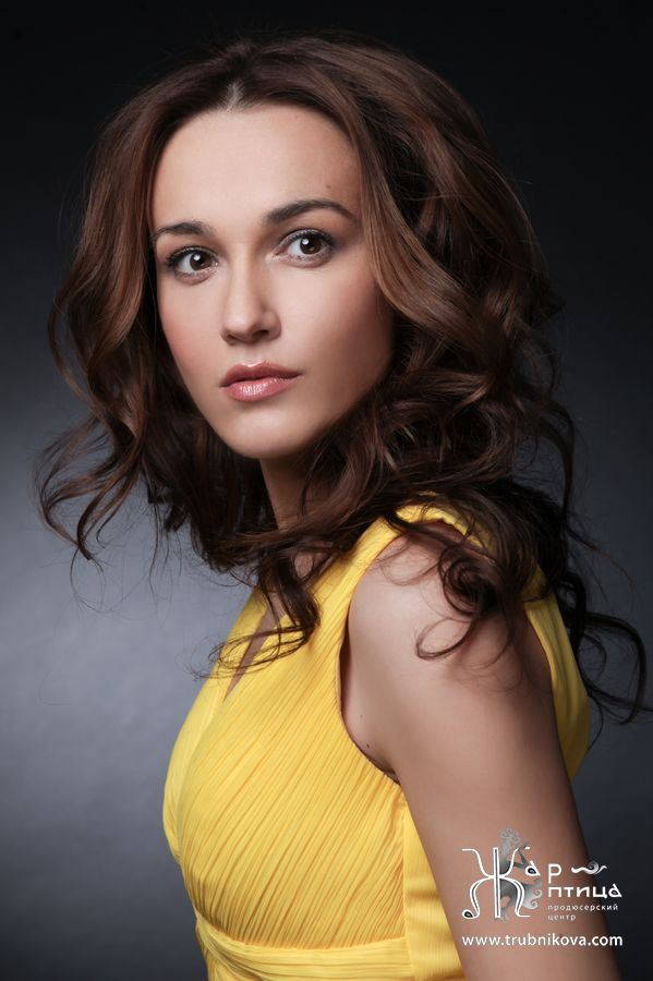 голые фото актрисы александра